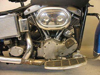Harley-Davidson Shovelhead engine - Early Harley-Davidson Shovelhead engine on a motorcycle frame