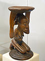 Siège caryatide Luba-Musée royal de l'Afrique centrale (4).jpg