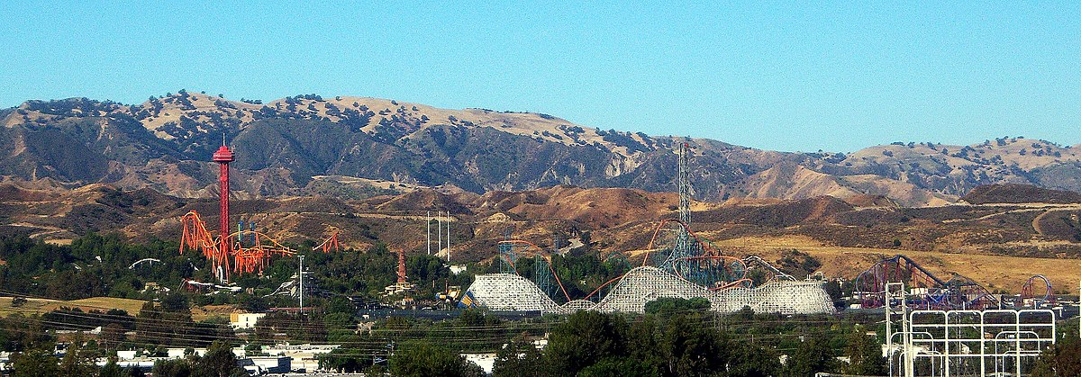 Six Flags Magic Mountain overview.jpg