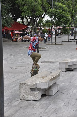 Grind (skateboarding) - Image: Skateboarding at Mexico City Grind 021
