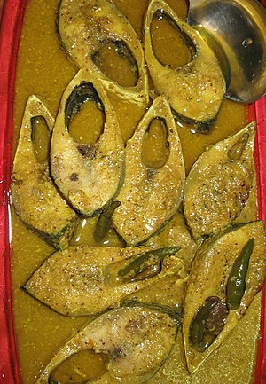 English: Smoked hilsa cooked with mustard seed...