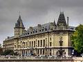 South facade of Palais de justice de Paris 01.jpg