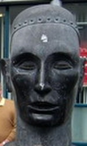 Cainnech of Aghaboe - Saint Cainnech statue in Kilkenny