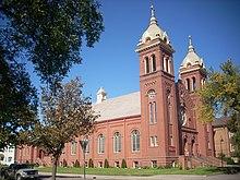 La chiesa cattolica di San Michele a Grand Forks, appartenente alla Diocesi di Fargo.