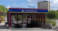 Byhavens metrostation, indgang.   JPG