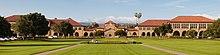 Stanford University lungo l'Ovale