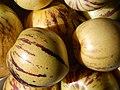 Starr-140402-0160-Solanum muricatum-fruit-Hawea Pl Olinda-Maui (24873914999).jpg