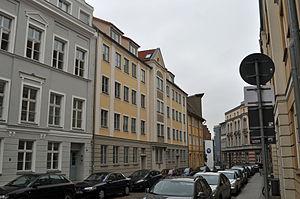 Stralsund, Fährstraße, Häuser (2012-03-11), by Klugschnacker in Wikipedia.jpg