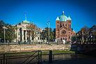 Strasbourg Palais de Justice et église Saint-Pierre-le-Jeune catholique novembre 2013.jpg