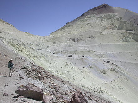 A sulfur mine on Aucanquilcha Sulfur workings near Aucanquilcha summit.jpg