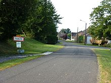 Tarzy (Ardennes) city limit sign.JPG