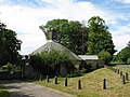 """The """"ink pot"""" house (East Lodge) - geograph.org.uk - 837980.jpg"""