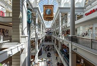 Bay Centre - Bay Centre atrium