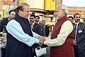 The Prime Minister, Shri Narendra Modi warmly received by the Prime Minister of Pakistan, Mr. Nawaz Sharif, at Lahore, Pakistan on December 25, 2015.jpg
