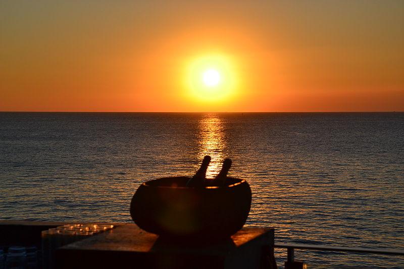 File:The Rock Bar Bali (7373596044).jpg