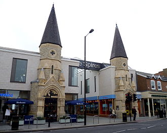 The Spires Shopping Centre - Image: The Spires, Chipping Barnet 10 October 2015