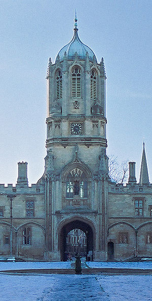 Tom Tower - Tom Tower seen from Tom Quad
