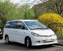 Toyota Estima 3.0 ca 2000 UK reg presumed grey import in Sylvester Road.JPG