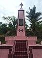 Tugu Ompu Raja Boang Tambun 02.jpg