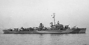 USS John R. Pierce (DD-753) off Staten Island on 22 November 1944 (19-N-76835)