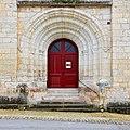 Vanxains 24 Portail église 2014.jpg