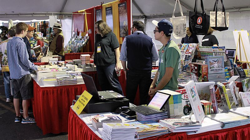File:Vendor Booths at 2016 Texas Book Festival.jpg
