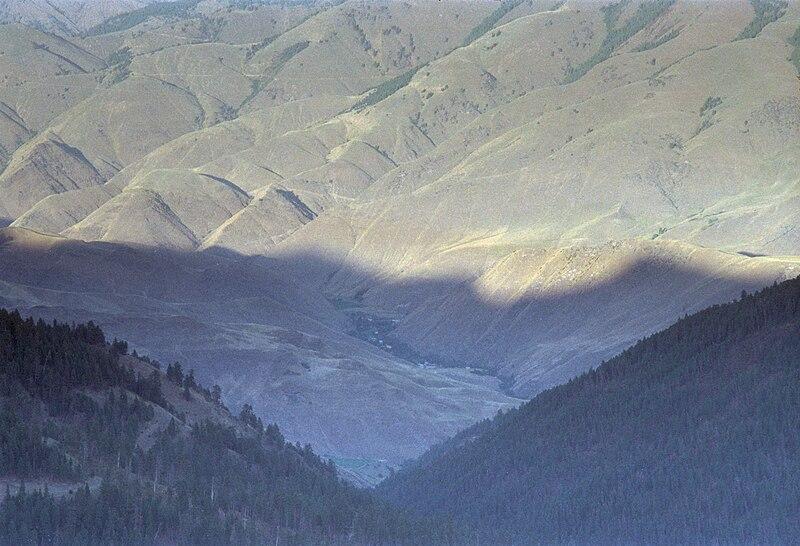 File:View of Riggins, Idaho.jpg - Wikipedia, the free encyclopedia