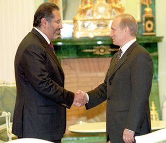 Hamad bin Jassim bin Jaber Al Thani - Hamad and Russian President Vladimir Putin at the Kremlin.