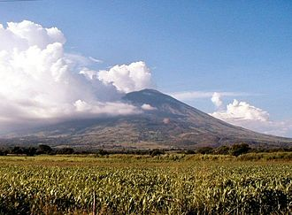 Quelepa - The San Miguel volcano dominates the local topography