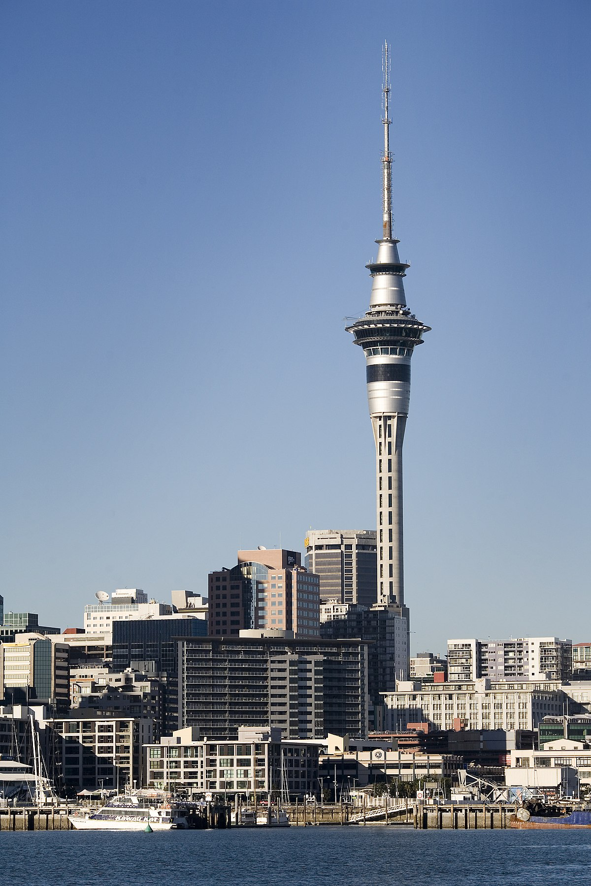 Auckland - Wikipedia