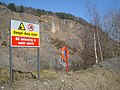 Warning sign at Nash Quarry - geograph.org.uk - 901665.jpg