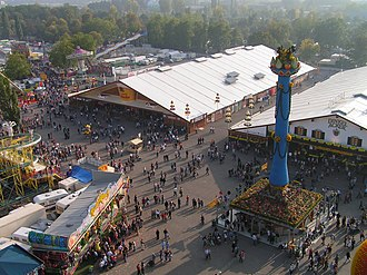 Cannstatter Volksfest - The fruit column in 2005 with two beer tents behind