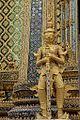 Wat Phra Kaew (27397207172).jpg