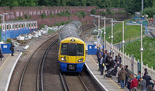 West Brompton station MMB 04 378228