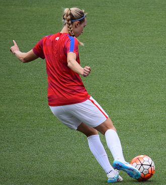 Whitney Engen - Engen with the United States women's national team before a match against Japan on June 5, 2016