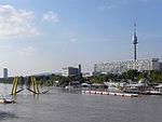 Wien - Juni 2013 Hochwasser - Ponte Cagrana und Copa Cagrana.jpg