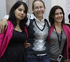 Tres de las organizadoras de WikiWomenCamp: Béria, Laura y Beatriz
