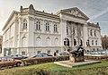 Zachęta - budynek z profilu HDR.jpg