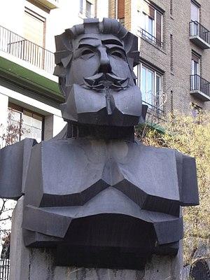 Regenerationism - Statue of Joaquín Costa in Zaragoza.