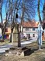 Zruč nad Sázavou, náměstí MUDR. J. Svobody, kříž.jpg