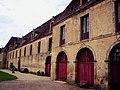 Écuries du château de Sully.jpg