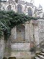 Église Chaumont en Vexin niche grimpette.JPG