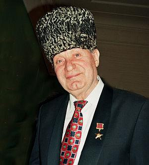 Ovation (award) - Image: Махмуд Эсамбаев