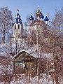 На высоком волжском берегу, церковь Успения Божией Матери, вид со стороны Волги.jpg