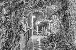 Old Hundred Gold Mine - Image: 16 21 2435 old hundred