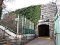 190th Street subway station Fort Washington Avenue entrance.jpg
