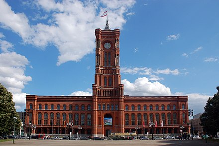 Rotes Rathaus (Red City Hall), seat of the Senate and Mayor of Berlin 2009-07-26-berlin-by-RalfR-36.jpg