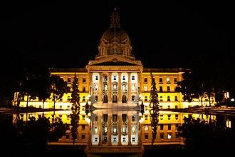 Alberta Legislature Building - Image: 2011 Alberta Legislature Building 10