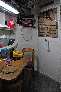2012 'Tag der offenen Werft' - ZSG Werft Wollishofen - Dampfschiff Stadt Rapperswil - Schiffsmotor 2012-03-24 15-27-00 ShiftN.jpg