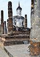 201312131201a HL ps Sukothai, Wat Mahathat.jpg